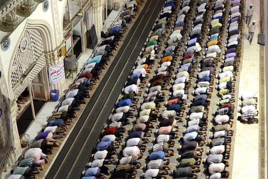 Elevation Stones In Hyderabad : Dn darshan makkah masjid hyderabad dynamite news