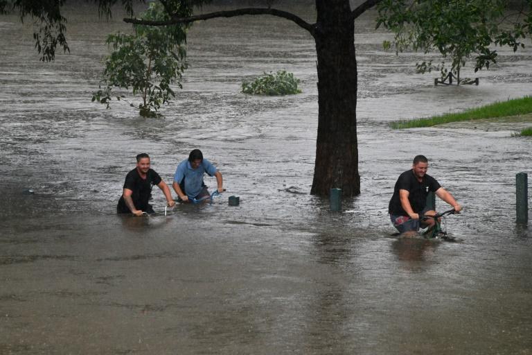 Australia deploys rescue services amid 'catastrophic' flooding