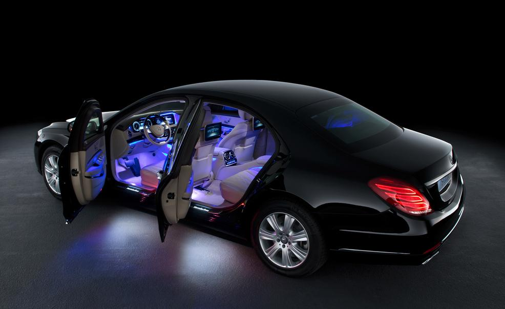 https://www.dynamitenews.com/images/2016/03/08/dn-mercedes-benz-launches-armored-luxury-car-maybach-s600-guard/1457417780_2015-mercedes-benz-s600-guard-photo-622386-s-986x603.jpg