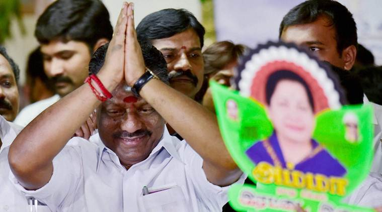 Sasikala won't be able to form govt on her own if OPS gets 11 more MLAs.