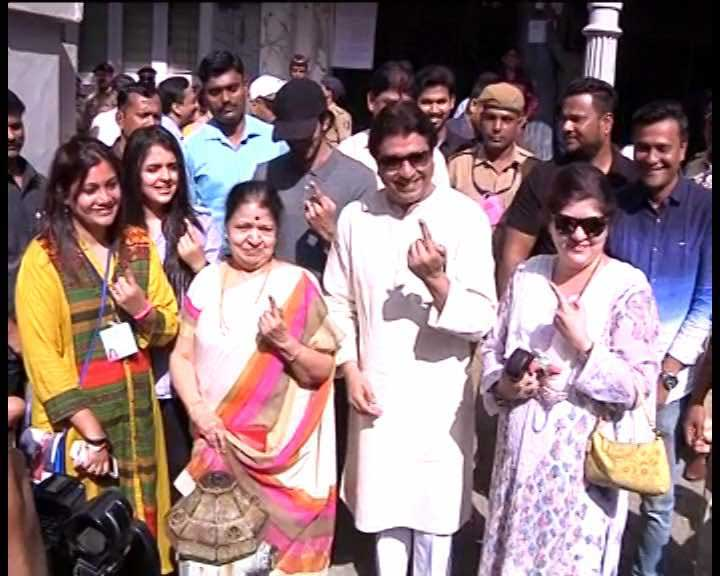 BMC Election 2017: Raj Thackeray casts his vote