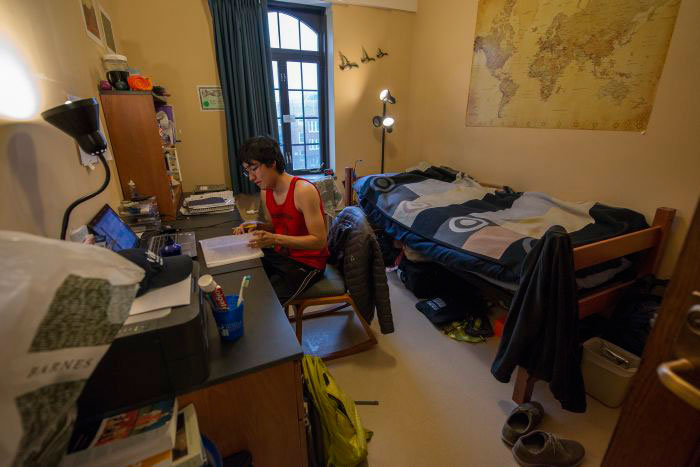 Students need to declutter their rooms and organise them in a better way so they can focus only on their studies