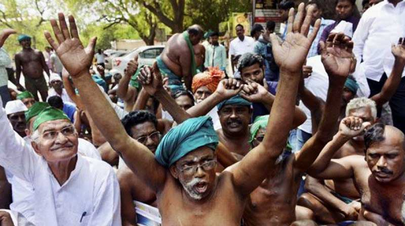Protesting TN farmers at the Capital (File Photo)