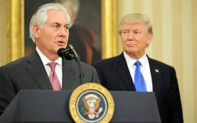 U.S. Secretary of State Rex Tillerson with US President Donald Trump (File Photo)