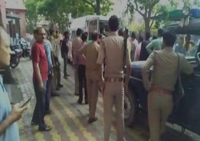 Mathura police arrested six people in murder of two jewellers.