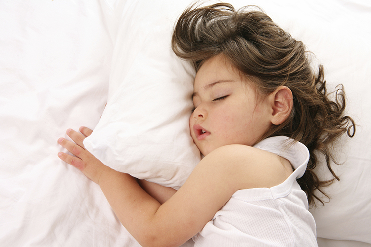 Set a strict bedtime for your kids as it has emerged as by far the best way to sleep