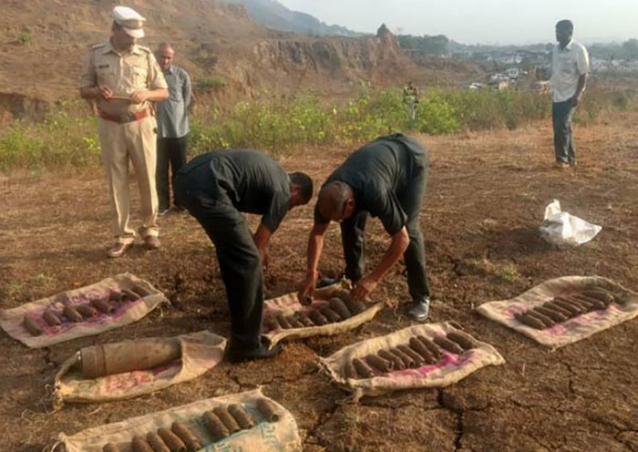 NSG, police and bomb disposal squad defused high intensity explosive cells