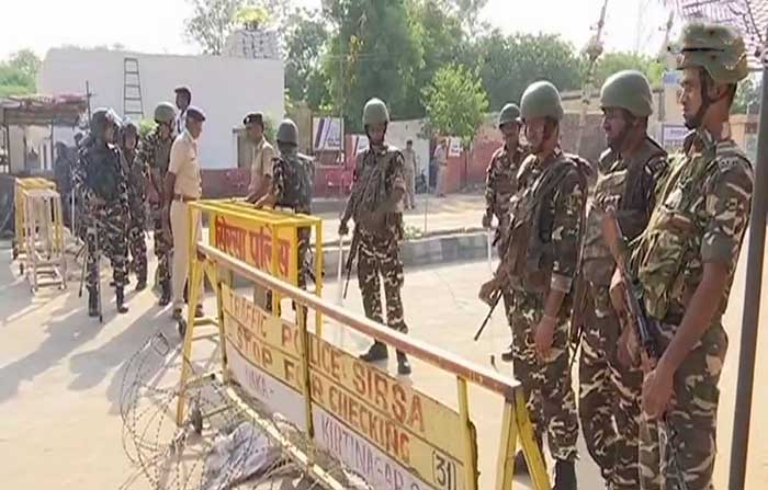 Police and Paramilitary forces deployed at Dera HQ