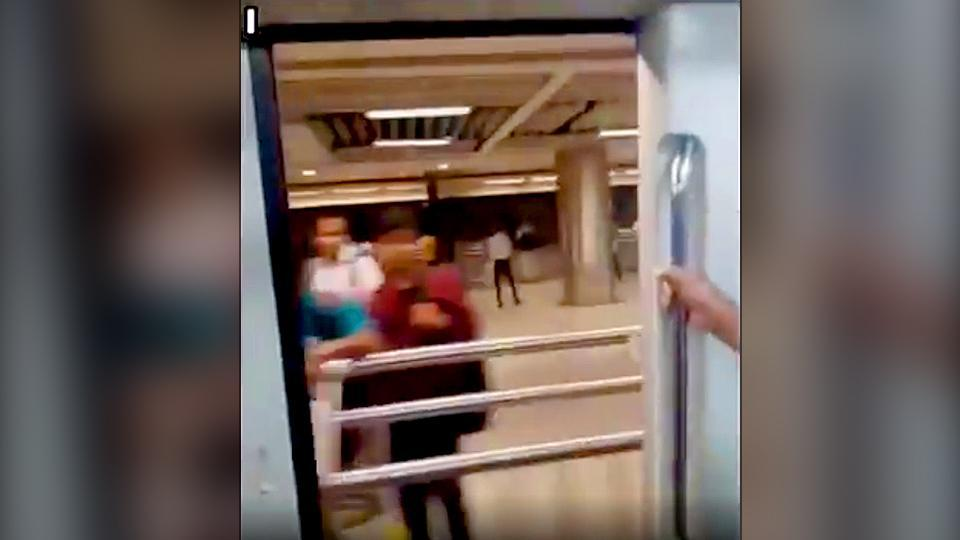 The incident took place at Delhi metro's Yellow line