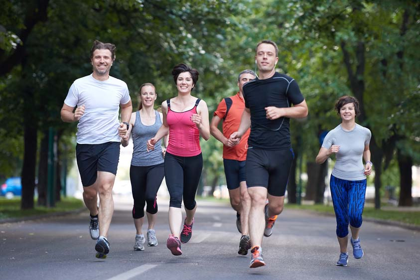 Running in a group may help you to quit smoking (File Photo)