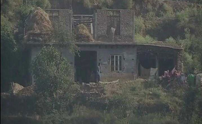 Poonch ceasefire violation: Heavy shelling by Pakistan began along the LoC