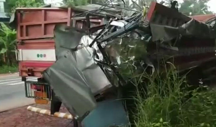 Bus Collided with a Truck