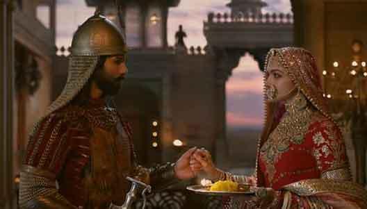 Shahid Kapoor and Deepika Padukone an epic love ballad song 'Ek Dil Ek Jaan.'