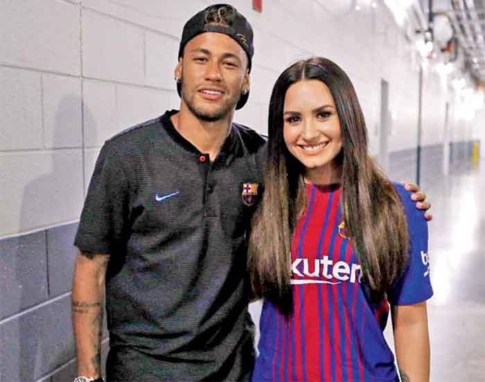 Neymar with Demi Lovato