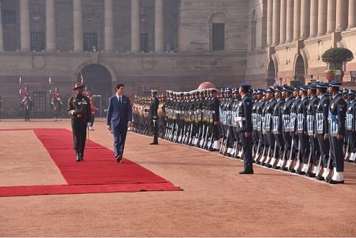PM Trudeau inspects guard of honour at Rashtrapati Bhawan