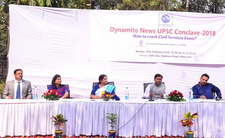 (Left to right) Manoj Tibrewal Aakash, Mayusha Goyal, Dr Aruna Sharma, Ankit Agarwal and Amitabh Yash