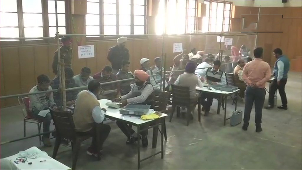 Counting of votes of the Ludhiana Municipal Corporation election