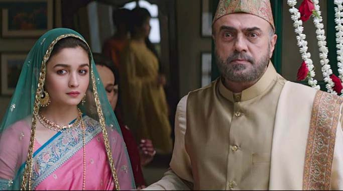 Still from Raazi song Dilbaro starring Alia Bhatt