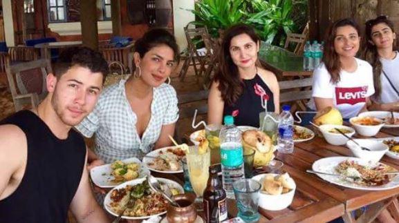 Priyanka Chopra, Nick Jonas and Parineeti Chopra with family in Goa