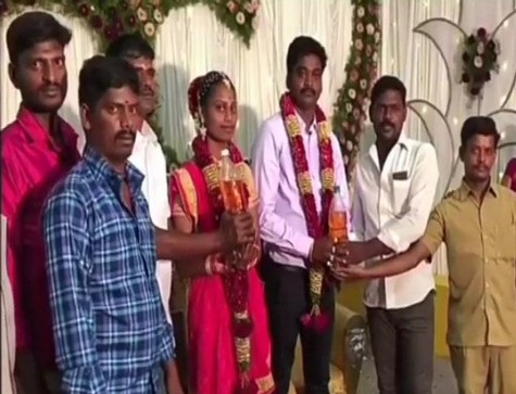 Friends present petrol to couple as wedding gift