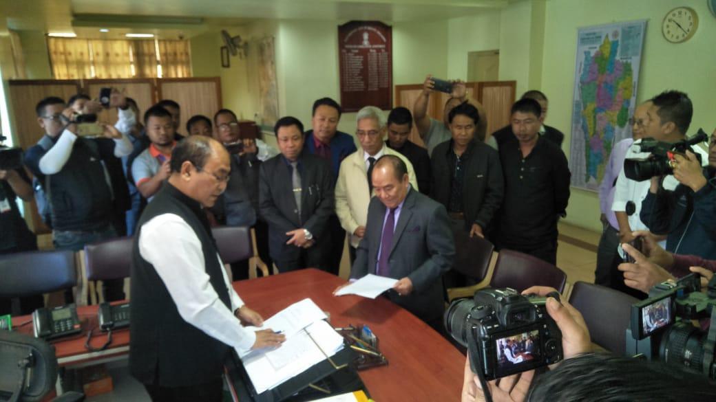 Mizoram Speaker Hiphei giving resigns from his post