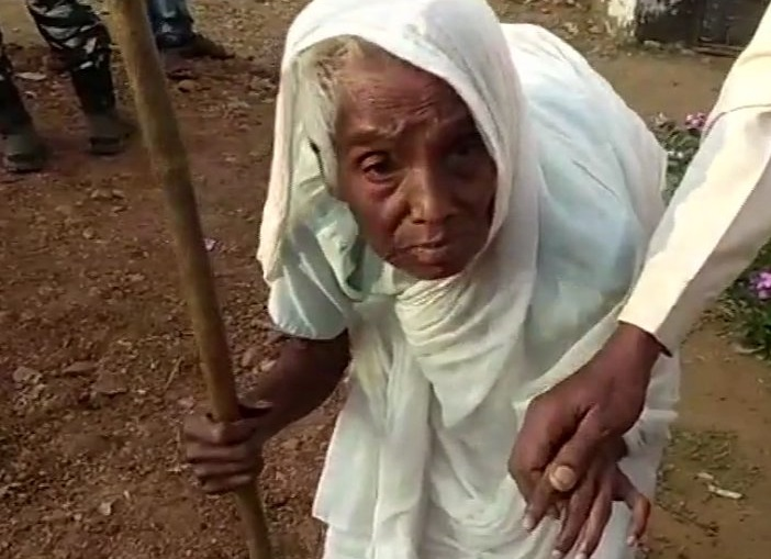 100-year-old woman cast her vote