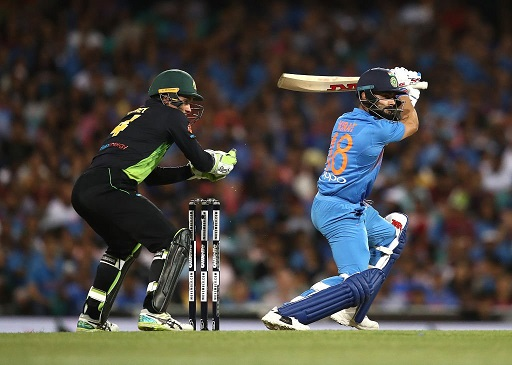 Virat Kohli batting against Australia