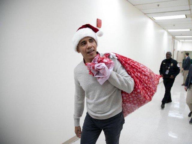 obama becomes santa