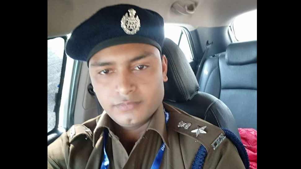 A man posing as an IPS officer