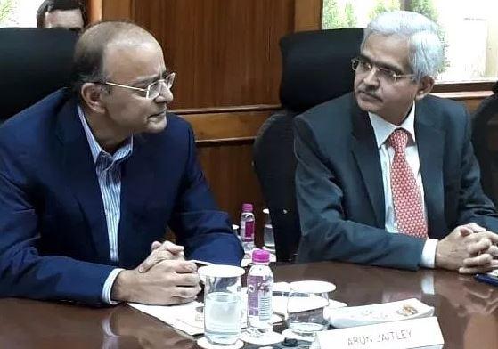 RBI governor Shaktikanta Das and Arun Jaitely
