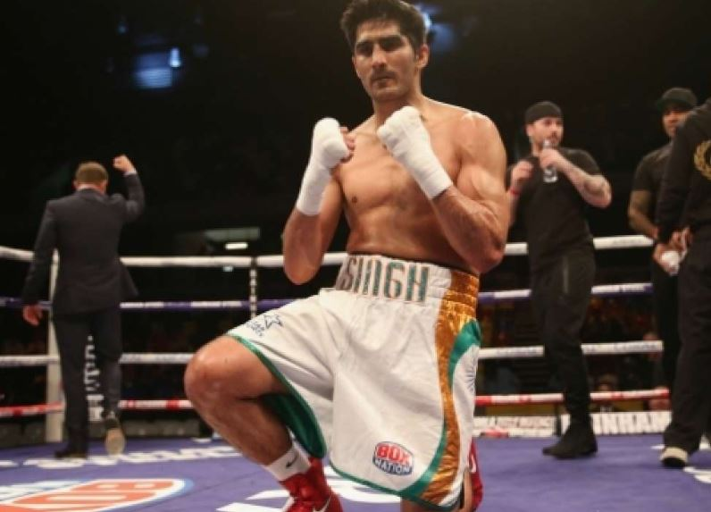 Vijender injured in training, US pro debut delayed