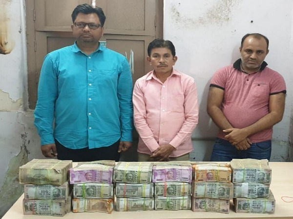 Hyderabad Task Force busts money transfer racket