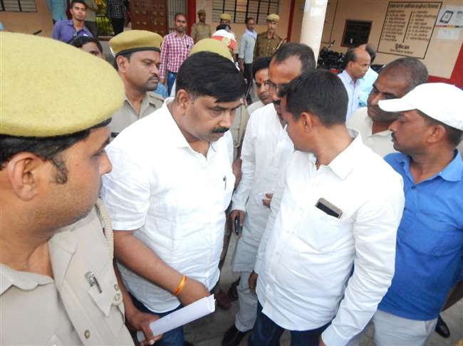 BJP leader Vinod Tiwari arrested by police