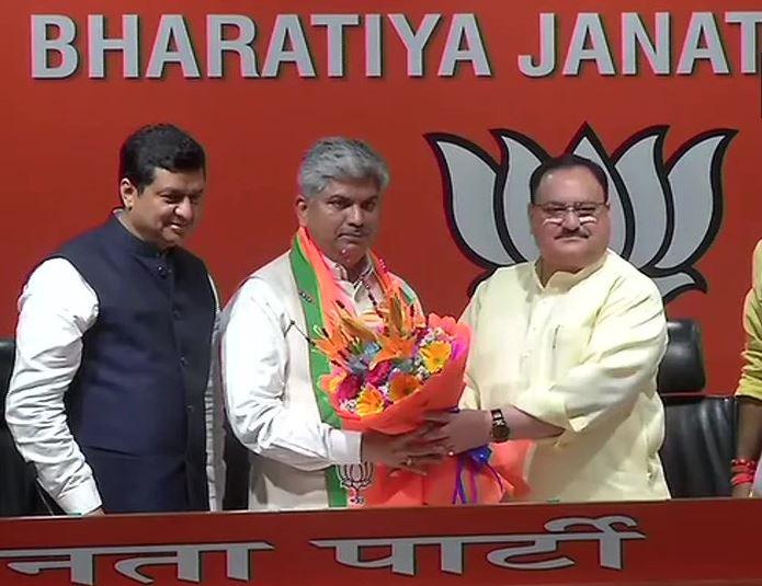 Former Congress MP Ananda Bhaskar Rapolu joins BJP