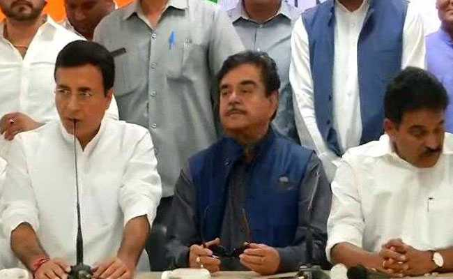 Shatrughan Sinha joins the Congress