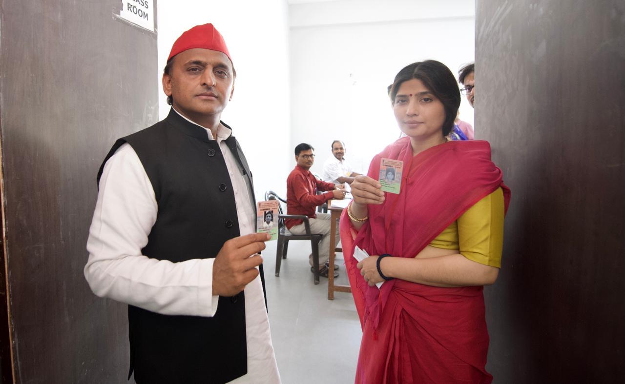 Akhilesh Yadav and his wife Dimple Yadav cast their vote