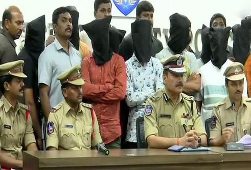 Hyderabad police arrested 9 persons including a juvenile in dacoity