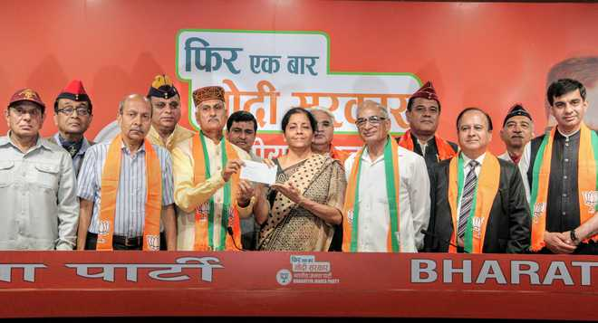 Seven retired officers of the armed forces  join BJP
