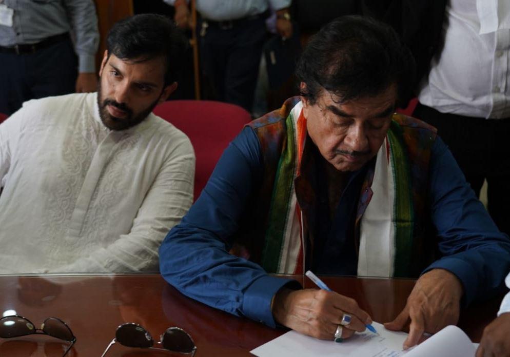 Shatrughan Sinha files his nomination