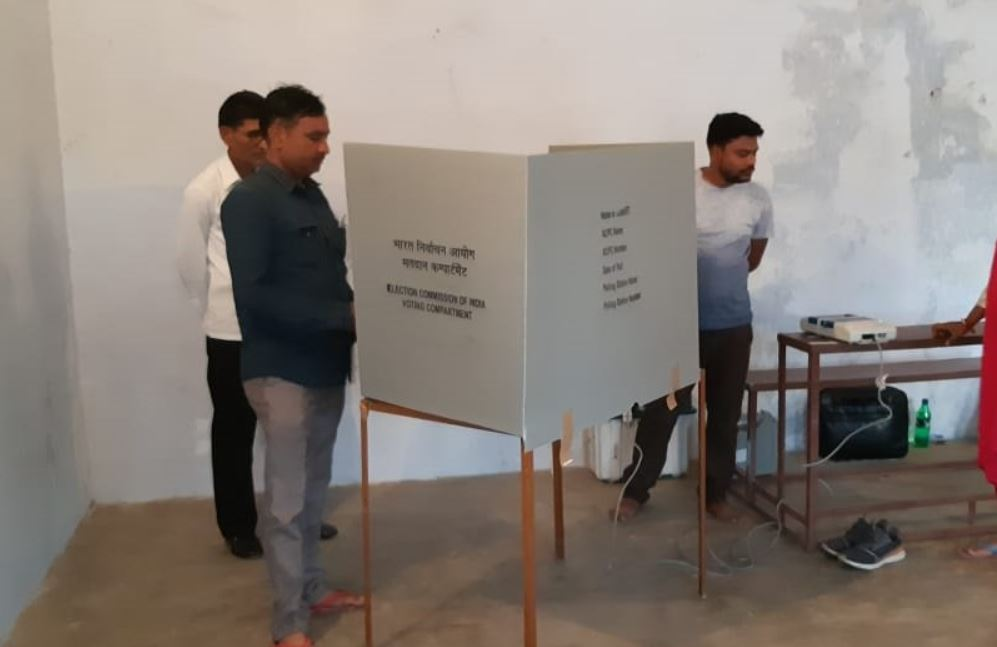 Preparation underway at polling booth