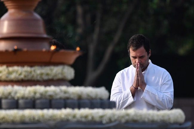 Congress President Rahul Gandhi pays tribute to his father Rajiv Gandhi on death anniversary