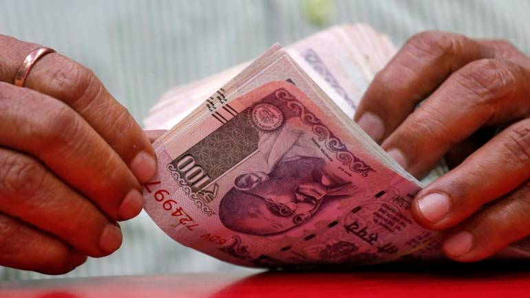 Rupee Slips 15 Paise To 69.84 Vs USD In Early Trade