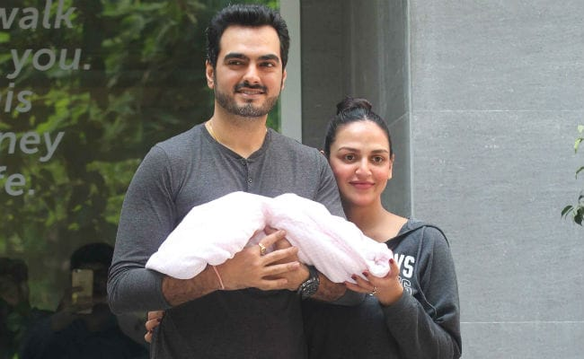 Esha Deol and Bharat Takhtani welcome their baby girl