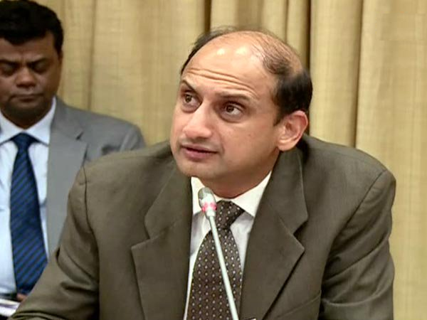 Reserve Bank of India Deputy Governor Viral Chary
