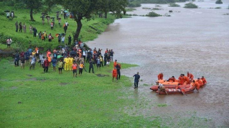 Passengers rescued from Mahalaxmi Express