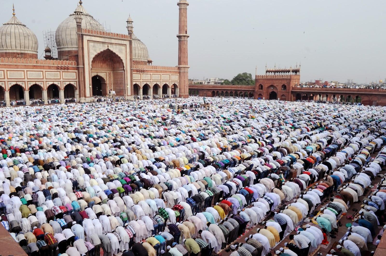 People offer namaz at Jama Masjid on Eid Al Adha
