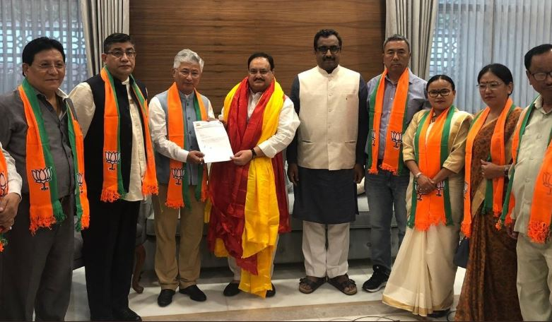 Ten MLAs of SDF join BJP on Tuesday