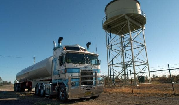 Australian state to cart truckloads of water to drought-hit town