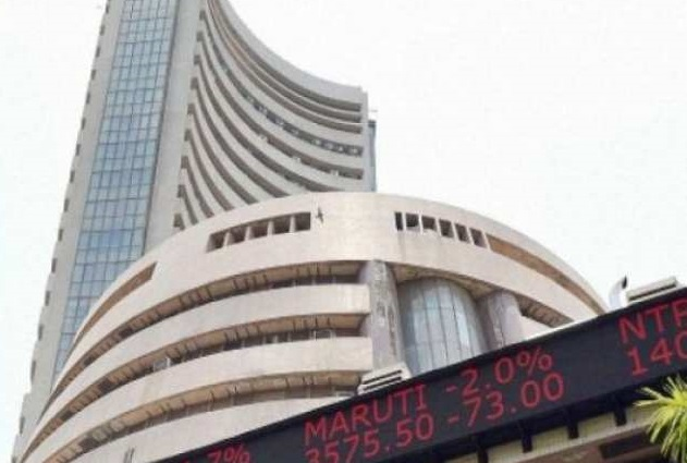 Sensex tumbles by 642 points on crude oil shock and global cues; auto and bank stocks bleed