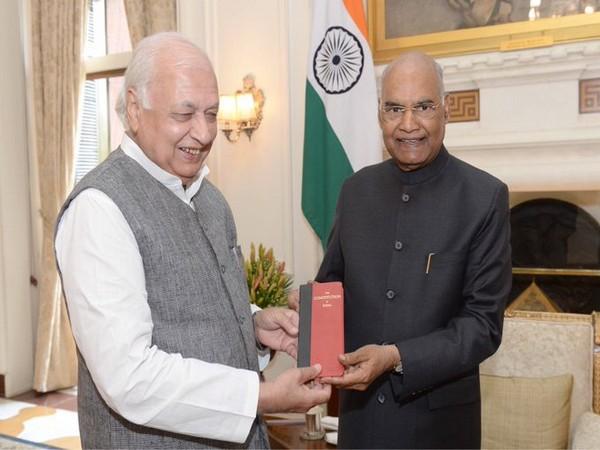 Arif Mohammed Khan and  President Ram Nath Kovind